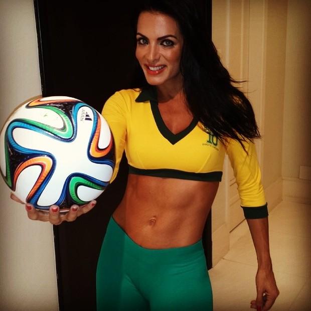 Carla Prata (Foto: Instagram / Reprodução)