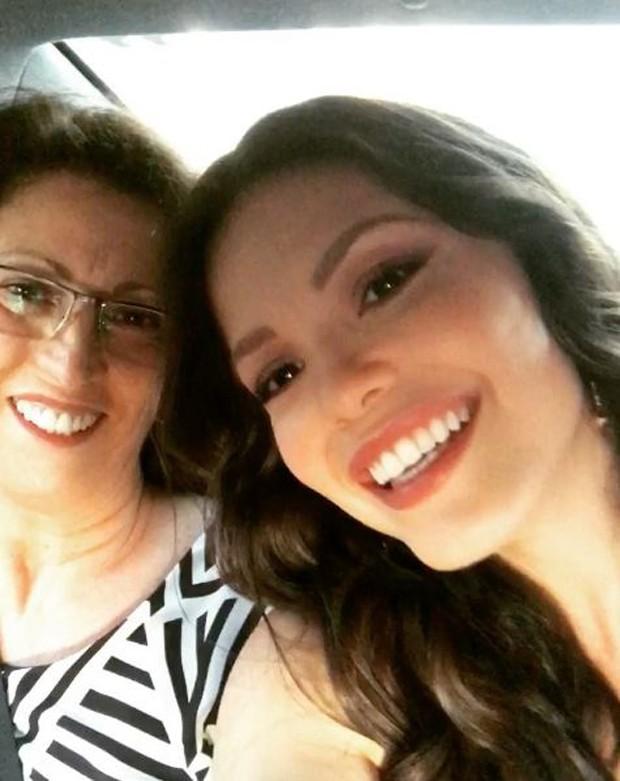 Vitória Strada e a mãe (Foto: Reprodução/Instagram)