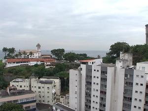 Igreja de Santo Antônio, na Ladeira da Barra. (Foto: Reprodução/TV Bahia)