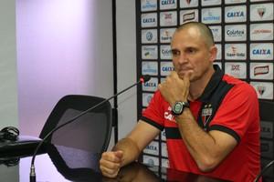 Wagner Lopes - técnico do Atlético-GO (Foto: Divulgação)