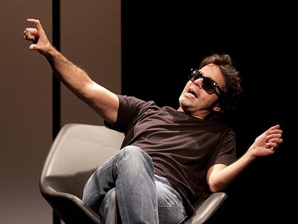 Esse é o primeiro monólogo de Bruno Mazzeo (Foto: Paula Kossatz)