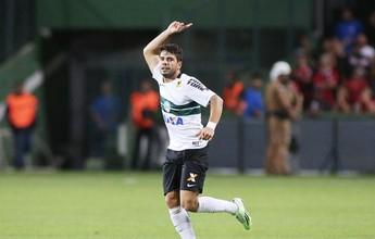 Henrique vê vantagem para o Coritiba ao enfrentar finalista Palmeiras
