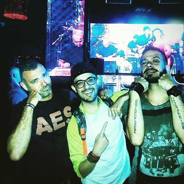 Ex-BBBs Vagner Lara, Alisson Gomes e Max Porto em boate na Zona Oeste do Rio (Foto: Instagram/ Reprodução)