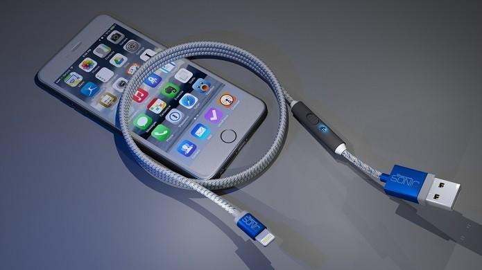SONICable promete recarregar o seu iPhone na metade do tempo (Foto: Divulgação/Indiegogo)