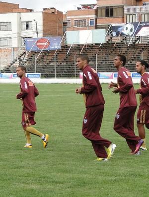 Jogadores do Atlético-MG em La Paz (Foto: Léo Simonini)