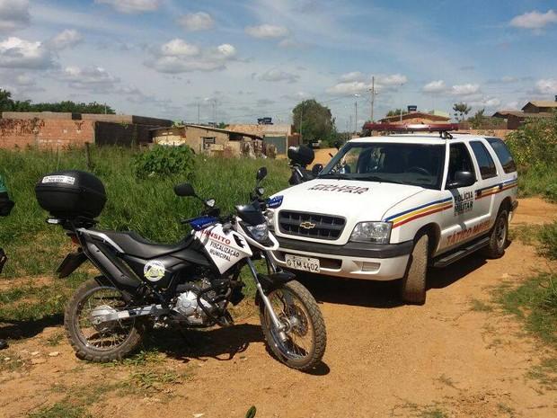 Militares acompanharam ação em área invadida em Bom Despacho, mas ninguém foi preso (Foto: PM/Divulgação)