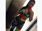 Mulher Melancia posa de macacão justo e decotão: 'Vem no colorido'