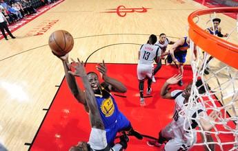 Curry aparece no fim, Warriors param Harden e chegam a 60 vitórias