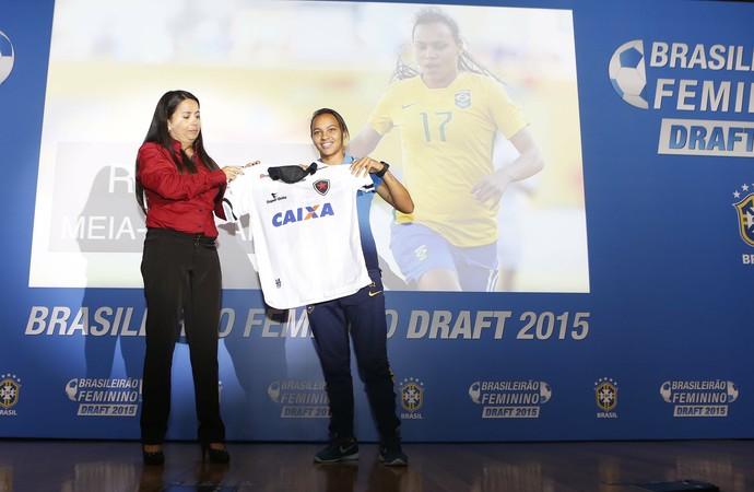 Raquel, meia escolhida pelo Botafogo-PB (Foto: Rafael Ribeiro/CBF)