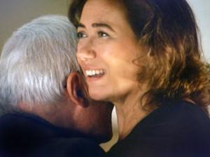 Marta dança coladinha com Silviano (Foto: TV Globo)