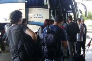 Movimento de passageiros aumenta na rodoviária de Bauru, SP (Foto: guilherme martins)