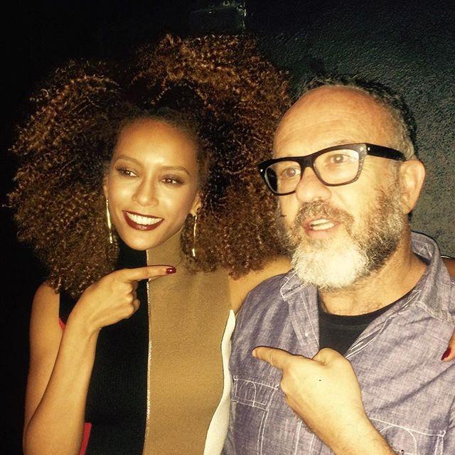 Taís Araújo e o fotógrafo Bob Wolfenson (Foto: Reprodução)