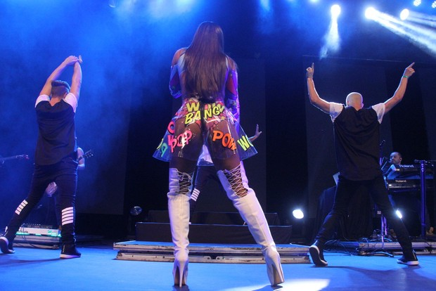 Anitta no Show das Poderosinhas (Foto: AgNews  / AgNews)