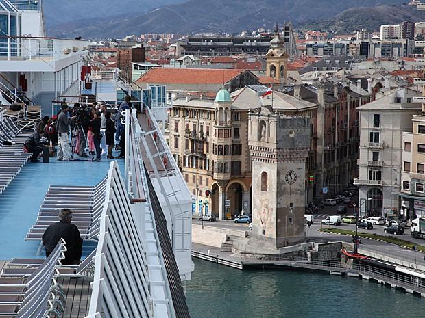 A chegada ao porto de Savona, na Itália (Foto: Julia Rezende/Arquivo pessoal)