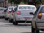 Taxistas protestam contra morte de colega de trabalho, em Goiás