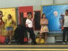 Após desfile no Rio, Solange Gomes vai embora da Sapucaí de metrô