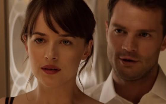 Anastasia Steele (Dakota Johnson) e Christian Grey (Jamie Dornan): uma chance para recomeçar na sequência de Cinquenta Tons de Cinza (Foto: Divulgação)