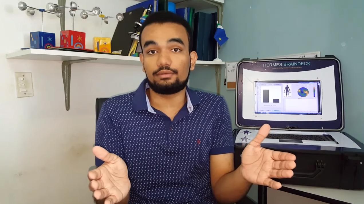 Brasileiro é premiado por criar máquina de 'fala' para pessoas em coma