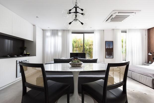 Apartamento pequeno: soluções de decoração em 37 m² (Foto: Marcelo Donadussi/Divulgação)