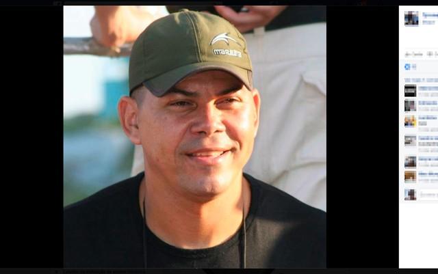 Tyrone Thomaz de Aquino foi morto a tiros dentro de lanchonete, na cidade de Ilhéus (Foto: Reprodução/Facebook)