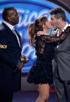 Paula Abdul distribui selinhos no 'American Idol'