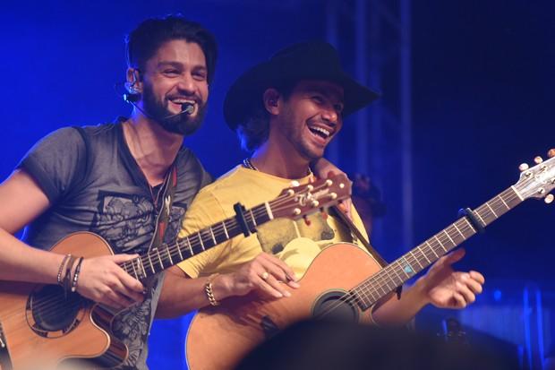 Munhoz e Mariano (Foto: Arnaldo Muniz/Ag.News)