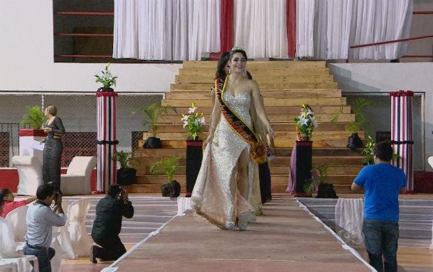 Concurso Rainha das Rainhas do Carnaval amapanese (Foto: Reprodução/TV Amapá)