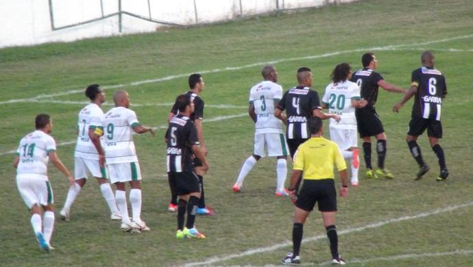Coruripe x Central (Foto: Viviane Leão/GloboEsporte.com)