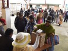 Referendo é adiado em colégios onde urnas foram queimadas na Bolívia