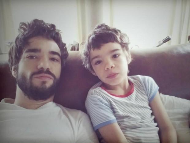 Caio Blat e Bento (Foto: Reprodução / Instagram)