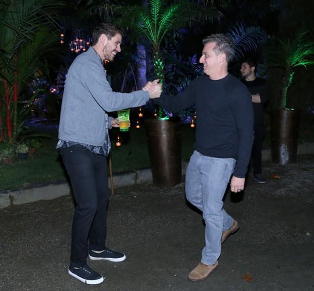 Bruninho e Luciano Huck (Foto: Anderson Borde/Agnews)