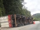 Acidente deixa Km 78, na descida da Serra de Petrópolis, em meia pista