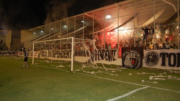 Torcida do Botafogo-PB (Foto: Lucas Barros / Globoesporte.com/pb)