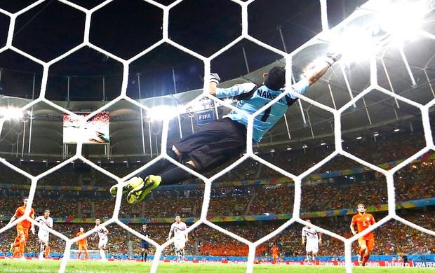 Keilor Navas goleiro jogo Costa Rica x Holanda (Foto: Reuters)