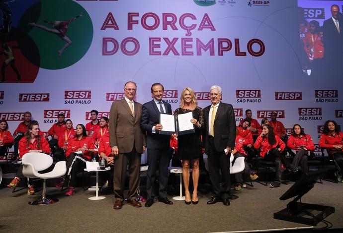 Hortência apresentou o evento no Sesi-SP (Foto: Ayrton Vignola/Fiesp)