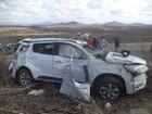 Um morre e dois ficam feridos em capotagem no interior do Ceará