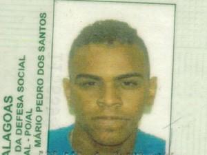 Polícia encontrou com Adriano Silva pertences de outras possíveis vítimas. (Foto: Divulgação/PC)