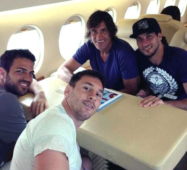 Messi Fabregas retorno Barcelona  (Foto: Reprodução / Twitter)