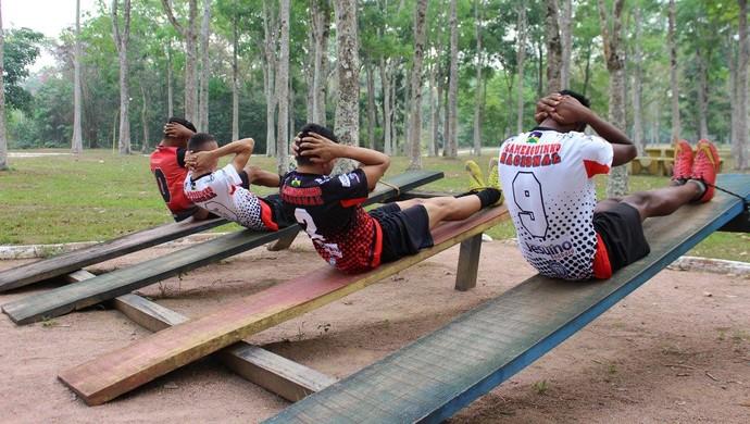 Atletas convidados para clubes carioca e mineiro (Foto: Jheniffer Núbia/GE)