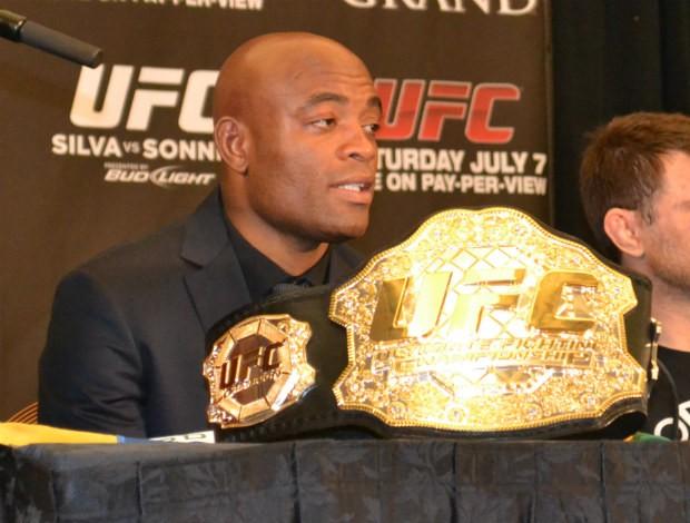 Anderson Silva na coletiva pós-UFC 148 (Foto: Adriano Albuquerque/SporTV.com)