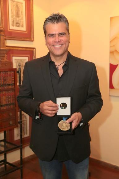 Frederico Lapenda acaba de selar uma parceria com o icônico Stan Lee (Foto: Divulgação)