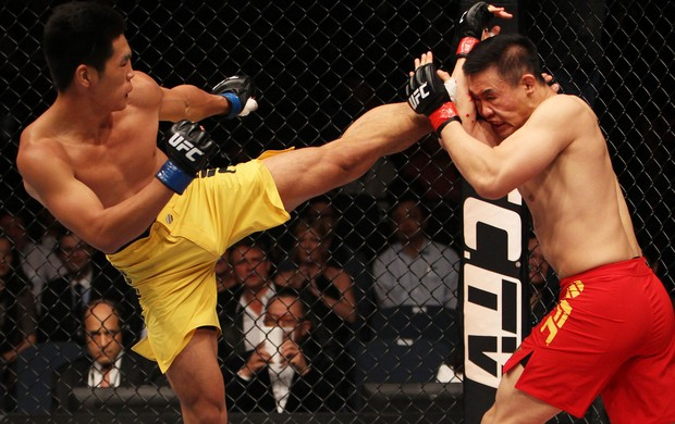 UFC Albert Cheng e Wang Anying (Foto: Agência Getty Images)