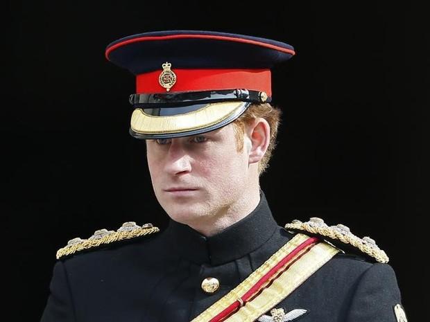 Príncipe Harry, em Londres, na sexta-feira (13) (Foto: Reuters/Stefan Wermuth)