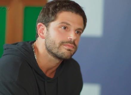 Teaser: Vanderson Espada faz proposta para Rômulo e leva soco