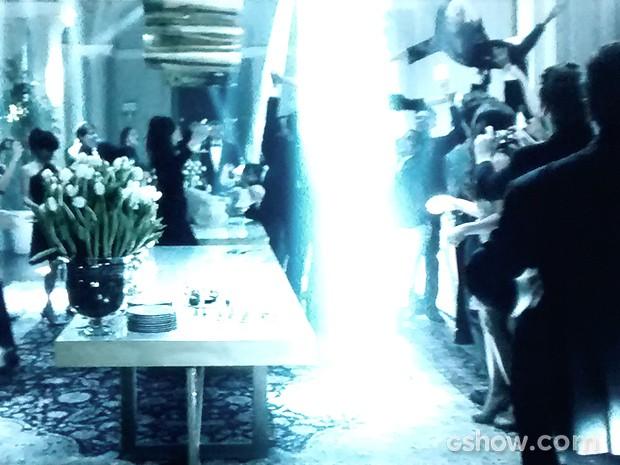 Um flashmob rola na festa (Foto: O Rebu / TV Globo)