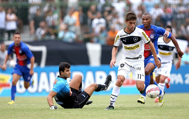 Fellype Gabriel gol Botafogo Friburguense (Foto: Satiro Sodré / Agif)