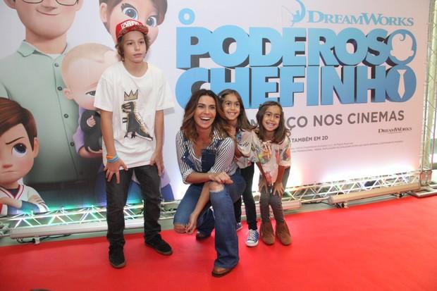 Giovanna Antonelli e os filhos (Foto: Wallace Barbosa / Ag News)