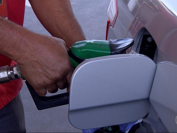 Pesquisa lista postos e variação de combustível na Grande BH. (Foto: Reprodução/TV Globo)