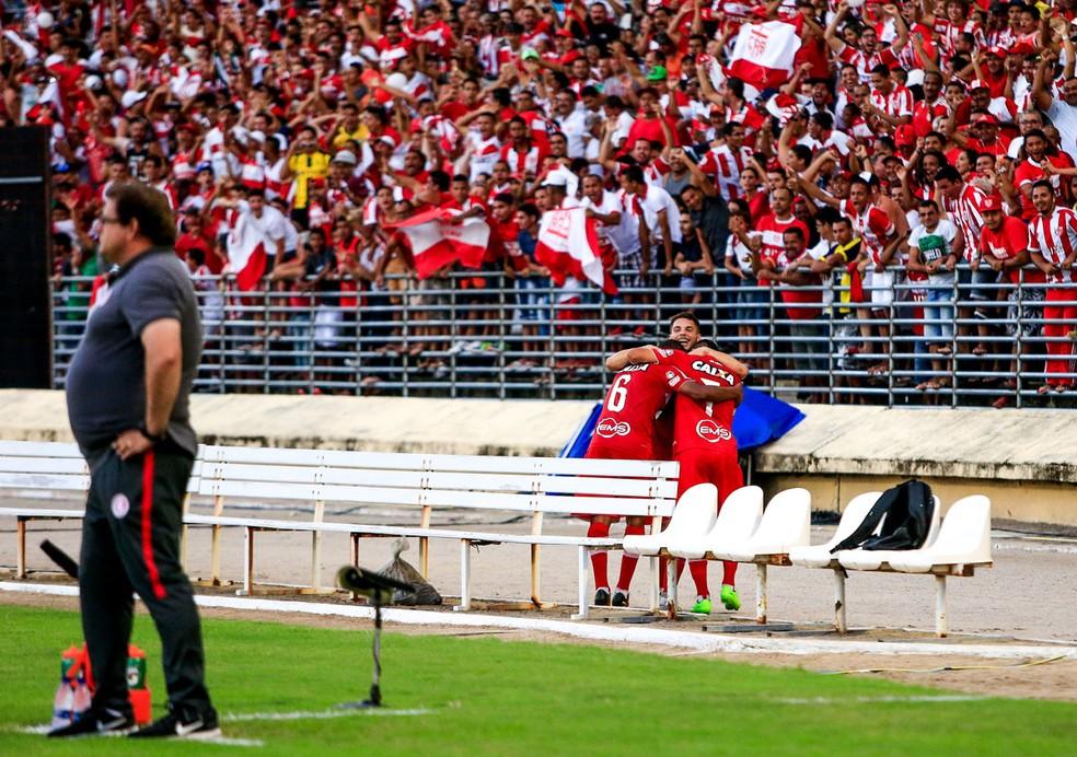 CRB marca contra o Inter no Rei Pelé (Foto: Ailton Cruz / Gazeta de Alagoas)