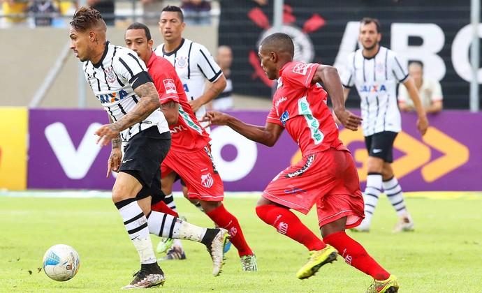 Guerrero, Capivariano x Corinthians (Foto: Celio Messias / Agência O Globo)